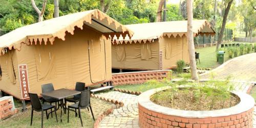Deluxe Family Tents ( Rajhara, Rajgriha)
